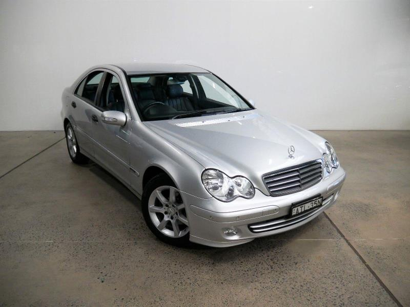 1996 MERCEDES-BENZ E220 2D COUPE C